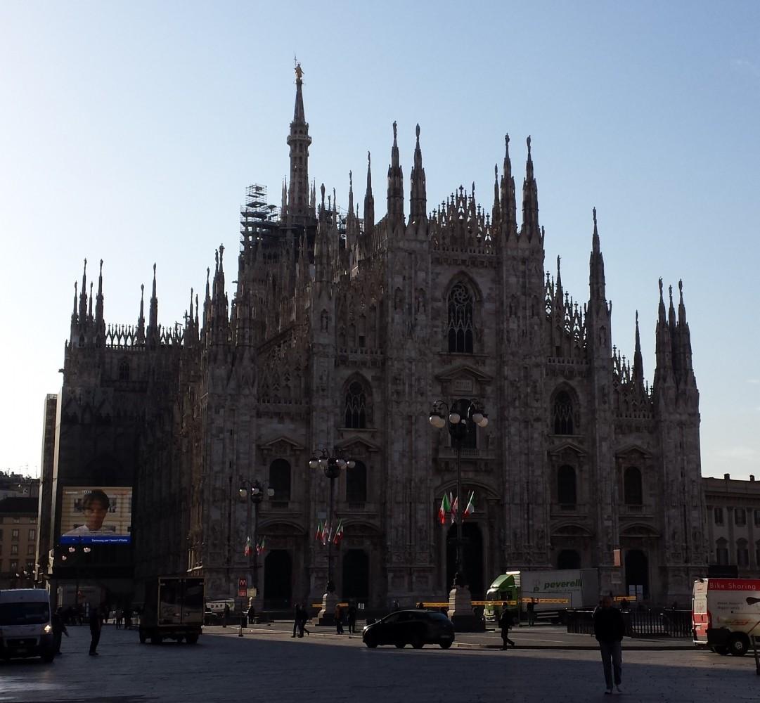 Duomo i Milano en tidlig morgen i maj 2015