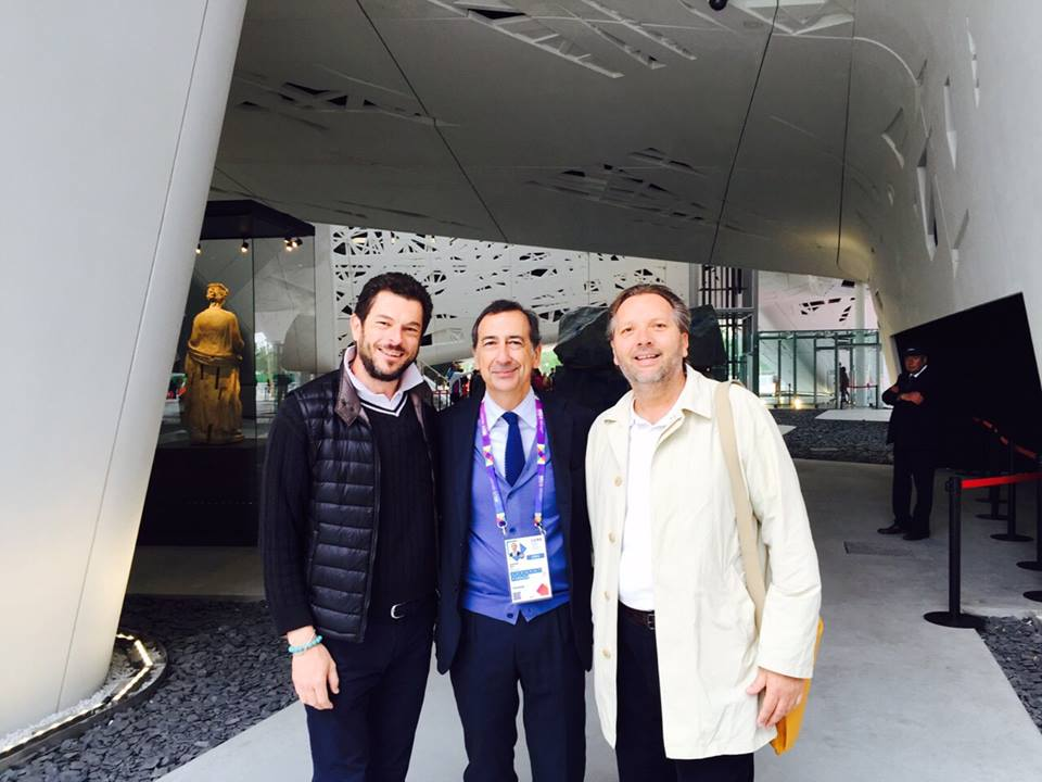 Everado og Anders med chefen for det hele Giuseppe Sala
