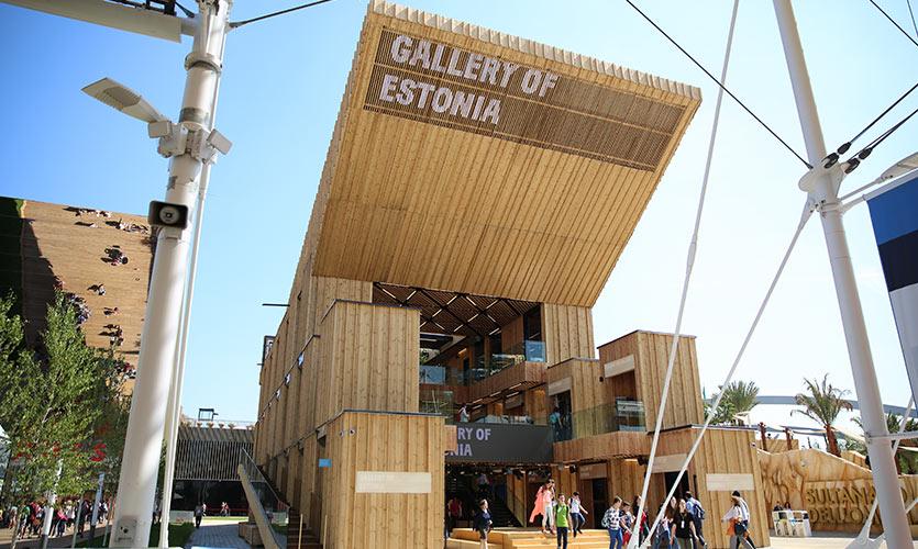 Estlands pavillon er helt i træ