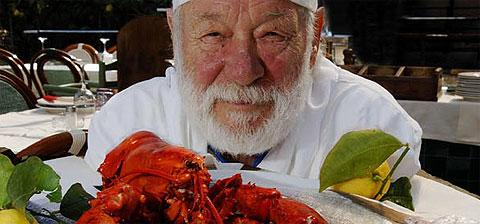 Giuseppe nærmer sig de 80, men fremstiller stadig en himmelsk fiskemenu på Locanda Lorena på Palmariaøen udfor Portovenre i Ligurien